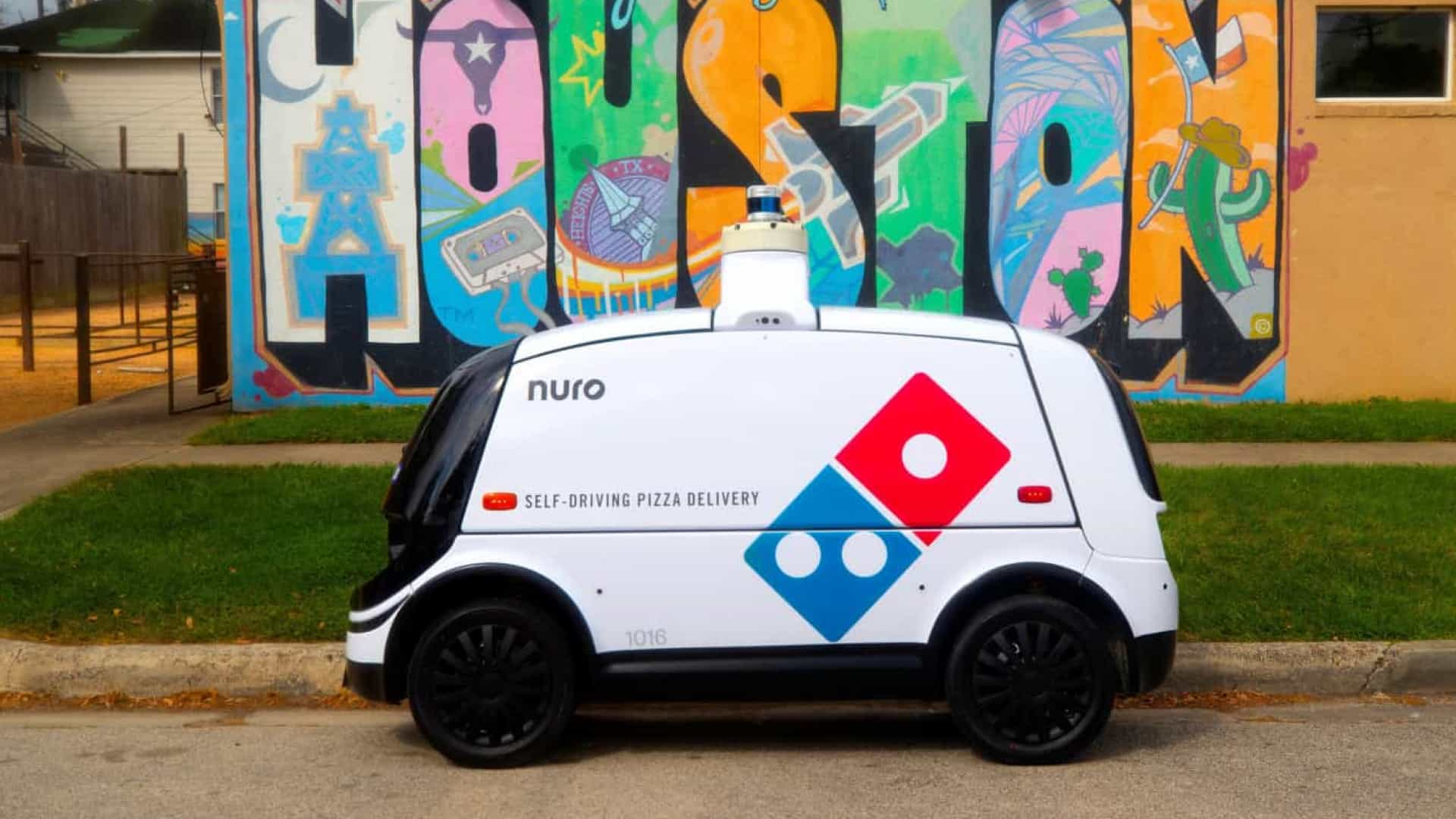 Domino's will start delivering pizzas with autonomous robots