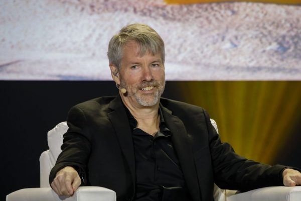 """""""I don't see reasons to not keep Bitcoin for 100 years,"""" says Michael Saylor"""