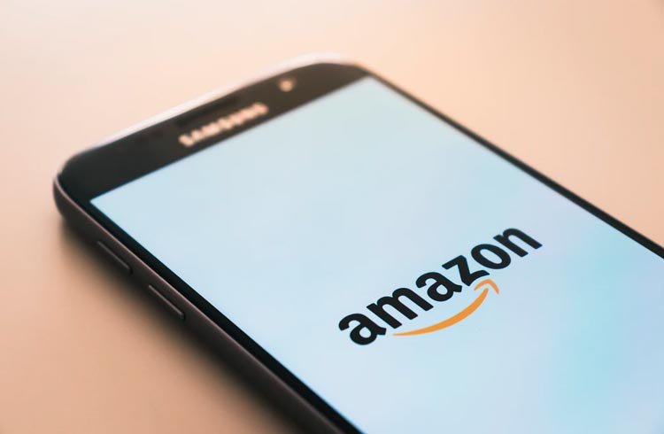 Amazon wants to enter the cryptocurrency business and is searching for an expert