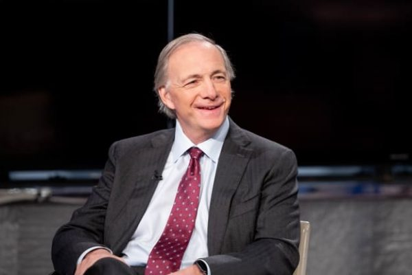 """Ray Dalio: """"If you put a gun to my head I prefer gold over Bitcoin"""""""