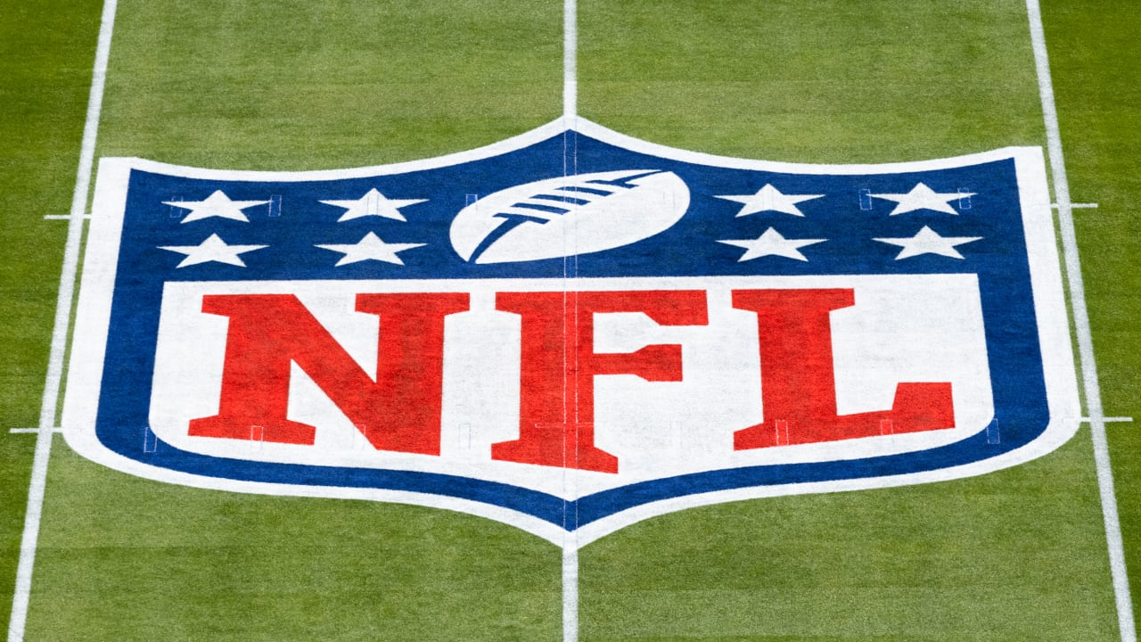 The NFL bans athletes and football teams from advertising cryptocurrencies and NFT